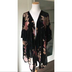 DR2 by Daniel Rainn velvet burnout kimono